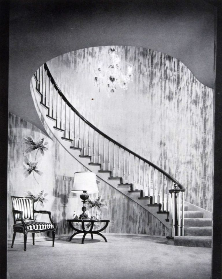 The Architectural Digest: A Pictorial Digest of Outstanding Architecture, Interior Decoration and Landscaping ( 20 issues 1949 - 1963 ). n/a.