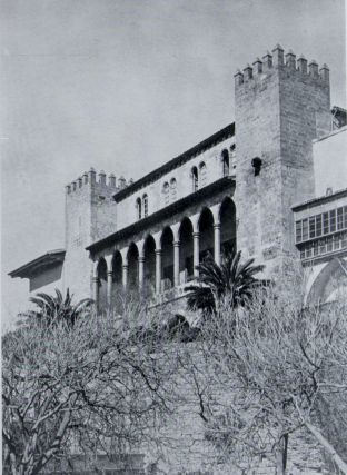 Majorcan Houses and Gardens. A Spanish Island in the Mediterranean. Arthur Byne, Mildred Stapley